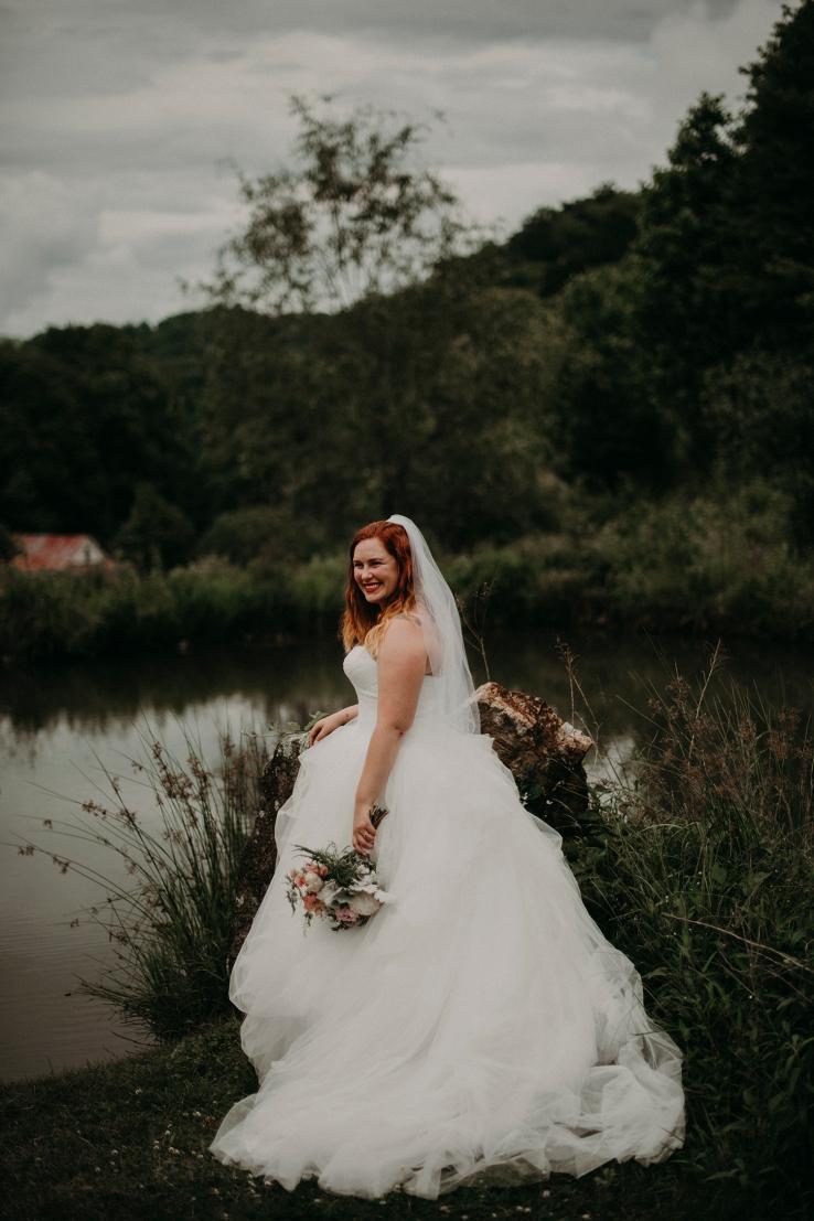 Megan&Myles_BridalPortraits_KiKiCreates-123