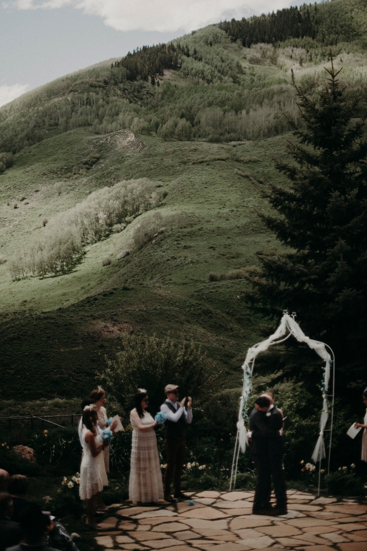 Bradean&Ryan_Ceremony_KiKiCreates-205