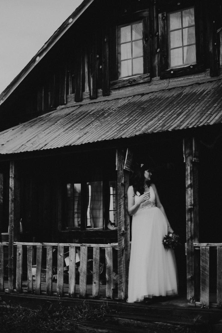 Krissi&Ben_BridalPortraits_KiKiCreates-014