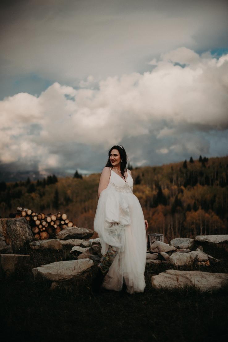 Krissi&Ben_BridalPortraits_KiKiCreates-031