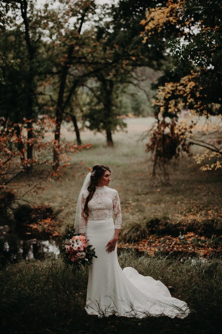 Catherine&Ryan_BridalPortraits_KiKiCreates-001