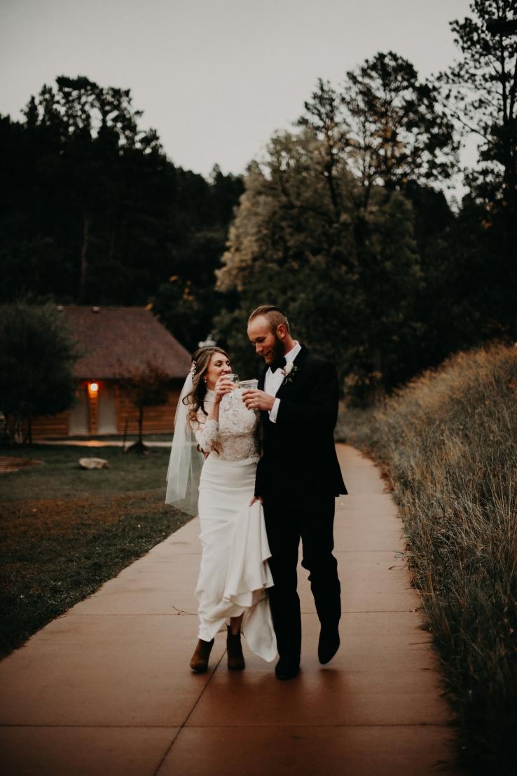 Catherine&Ryan_Bride+Groom_KiKiCreates-003