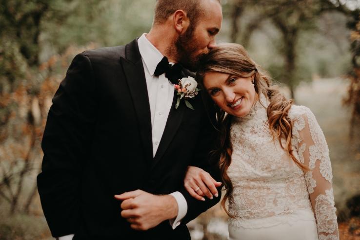 Catherine&Ryan_Bride+Groom_KiKiCreates-017