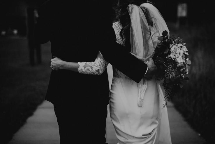 Catherine&Ryan_Bride+Groom_KiKiCreates-072