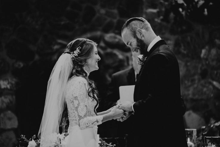 Catherine&Ryan_Ceremony_KiKiCreates-050