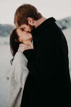 Kristin&Andrew_Engaged_KiKiCreates-107
