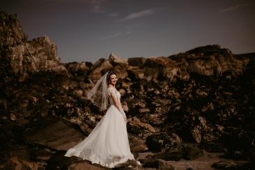 Emily&TJ_BridalPortraits_KiKiCreates-119