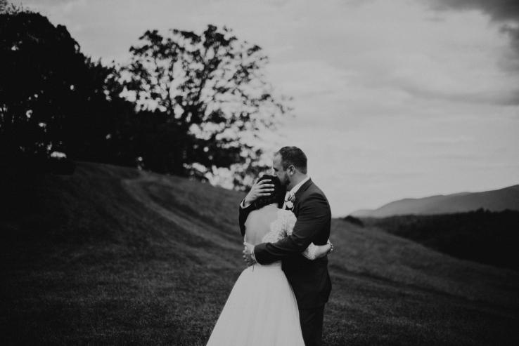 Allison&Dave_Bride+Groom_KiKiCreates-023