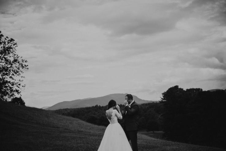 Allison&Dave_Bride+Groom_KiKiCreates-030