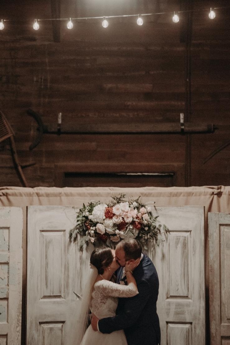 Allison&Dave_Ceremony_KiKiCreates-090