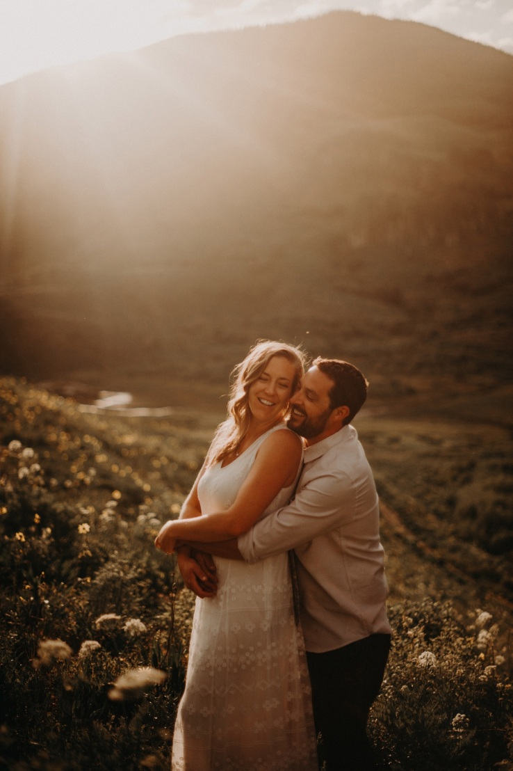 34_Ali&Mark_Bride&Groom_KiKiCreates-035_mountain_weddings_in_mountains_rocky_summer_the_photograhers_butte_colorado_photographer_crested