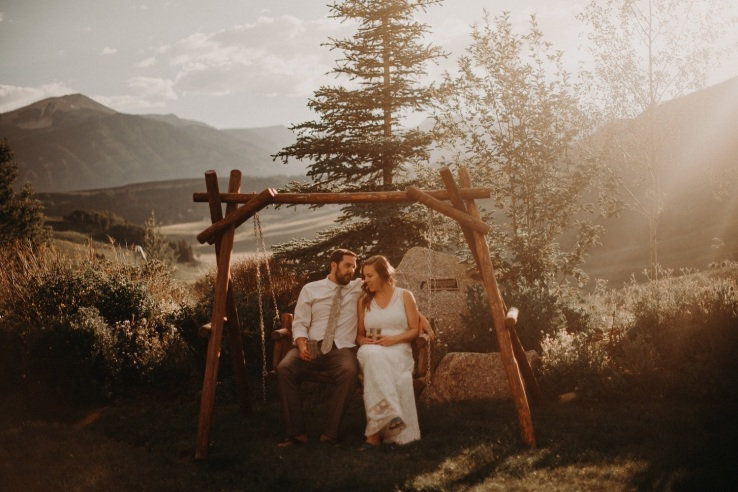 39_Ali&Mark_Bride&Groom_KiKiCreates-042_mountain_weddings_in_mountains_rocky_summer_the_photograhers_butte_colorado_photographer_crested